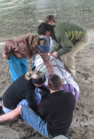 Wilderness EMT students backboarding an unresponsive trauma patient.